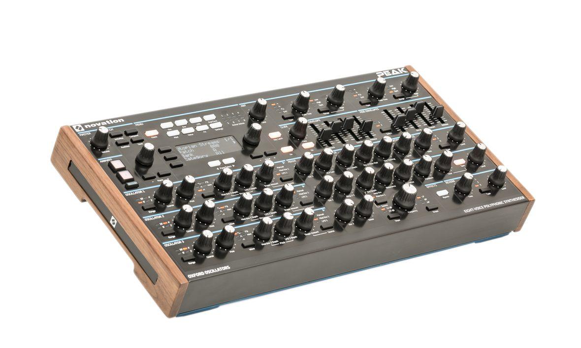 Синтезатор NOVATION PEAK: фото